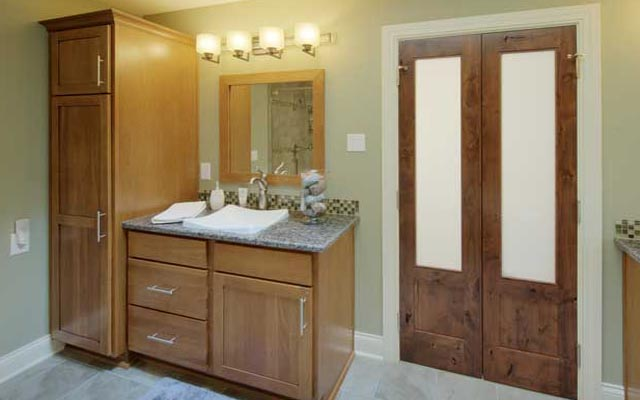 Bathroom Cabinet Style & Ideas